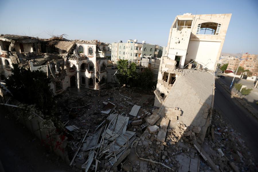 Saudi Arabia intercepts missile from Yemen targeting Aramco oil storage tanks