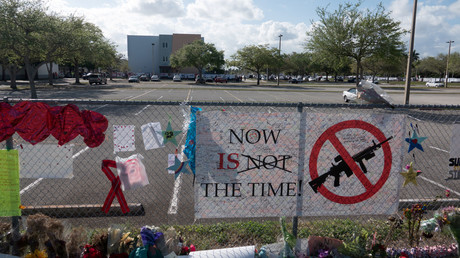 'Outrageous, impossible to believe': Bizarre security breaches bedevil Florida massacre school