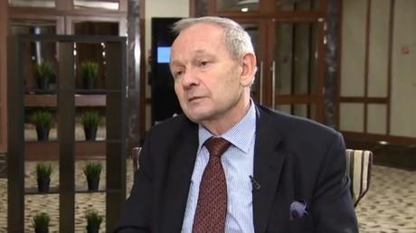 RT's Peter Lavelle interviews Alastair Crooke