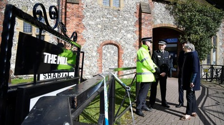 Britain's Prime Minister Theresa May visits Salisbury, where Sergei Skripal and his daughter Yulia were poisoned, March 15, 2018 © Toby Melville