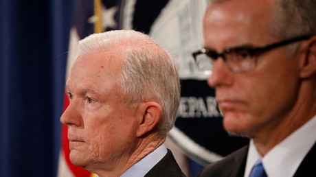 FILE PHOTO: US Attorney General Jeff Sessions (L) and former FBI deputy director Andrew McCabe © Aaron P. Bernstein