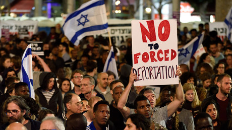 Thousands of migrants to be sent to West as Israel reaches agreement with UN