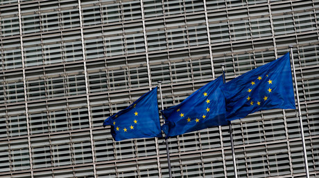 European Union flags fly outside the EU Commission headquarters in Brussels. © Yves Herman / Reuters