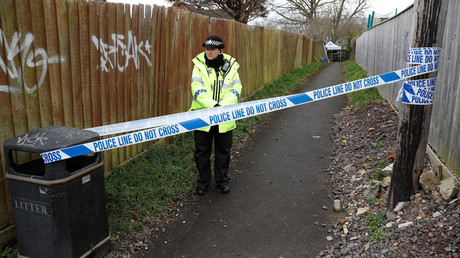 Nerve agent that poisoned Skripal left on his front door – UK police
