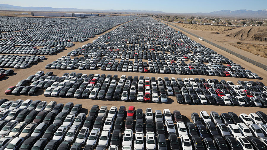 Vw Owns What >> Massive car graveyard where Volkswagen diesel vehicles go to die (VIDEO) — RT Business News