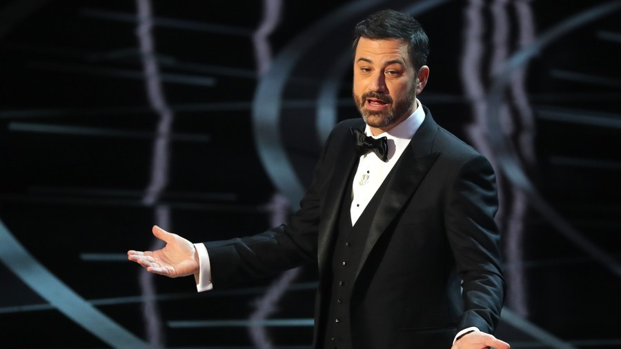 Jimmy Kimmel apologizes for offending gay community during online Hannity spat