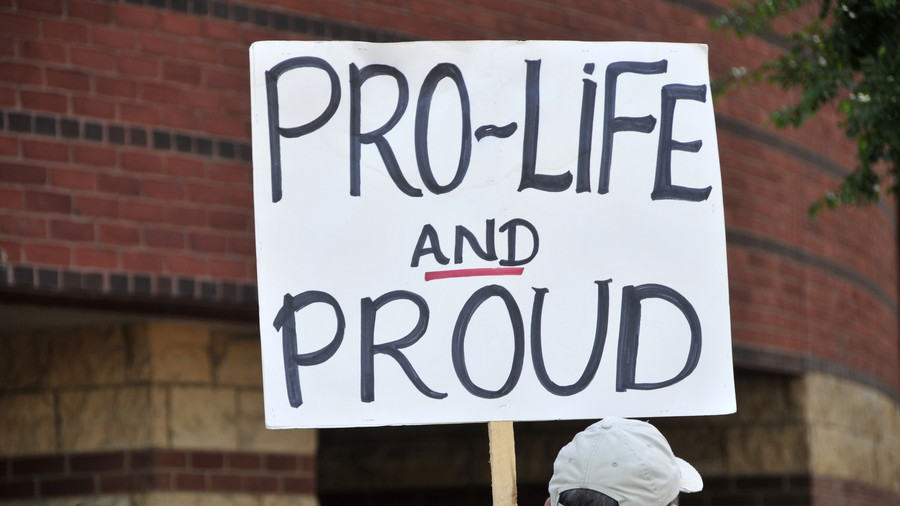 Anti-abortion protesters banned from 'harassing' women outside termination clinic