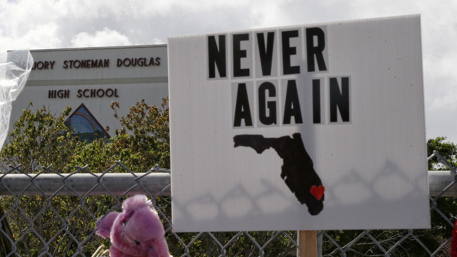 Parkland teacher arrested for leaving loaded gun in public toilet