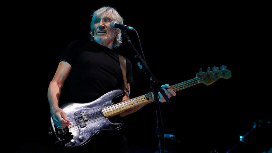 Ex-Pink Floyd singer denounces White Helmets as propaganda tool during Barcelona concert
