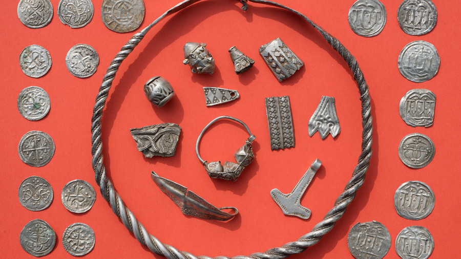 King Bluetooth treasure trove: Amateur archaeologist finds 1,000yo coins & jewels