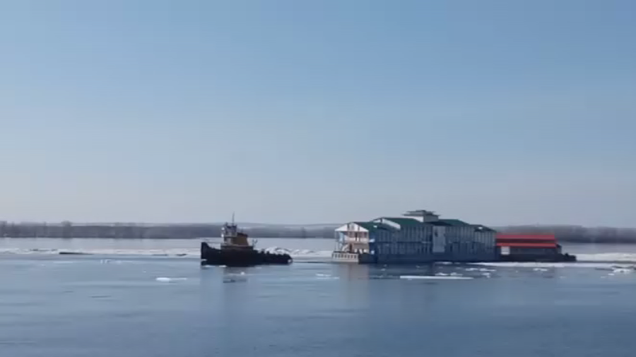 Russian Restaurant With Visitors Swept Away Down Volga River By