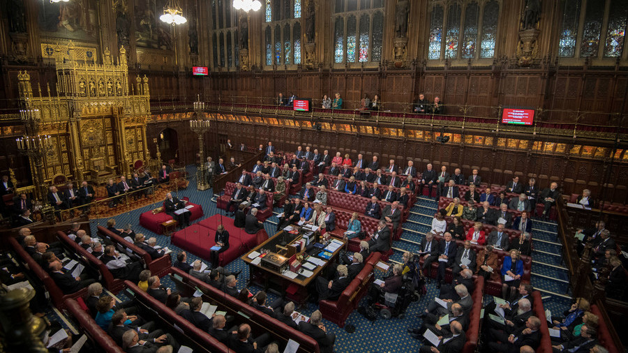 Embarrassment for May as House of Lords votes for Britain to stay in customs union