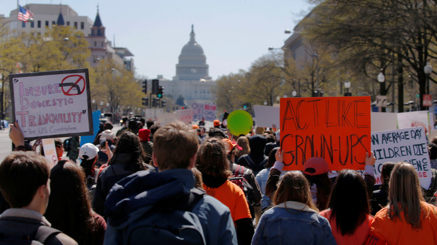 US students usurp Columbine anniversary despite school's opposition to #NationalWalkout (VIDEOS)