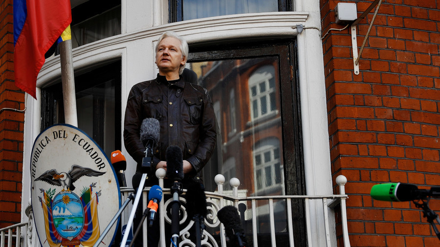 Assange Twitter account back tweeting as #ReconnectJulian campaign takes over
