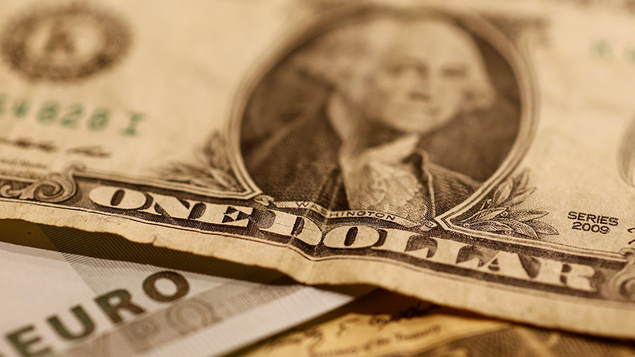 Iran dumps dollar for euro in foreign trade transactions