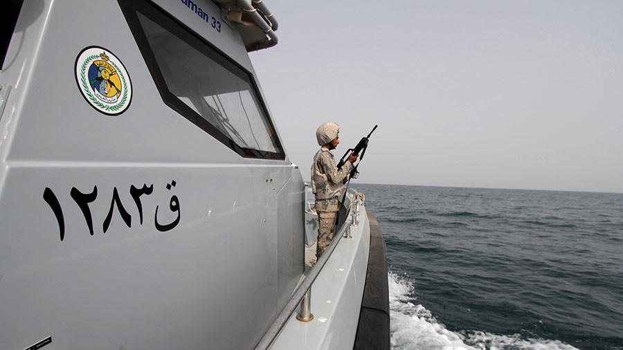 Houthis hold 19 oil tankers hostage off Yemeni coast – Saudi media