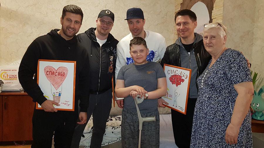 Russian hockey star Kovalchuk donates his Olympic bonus BMW to cancer charity