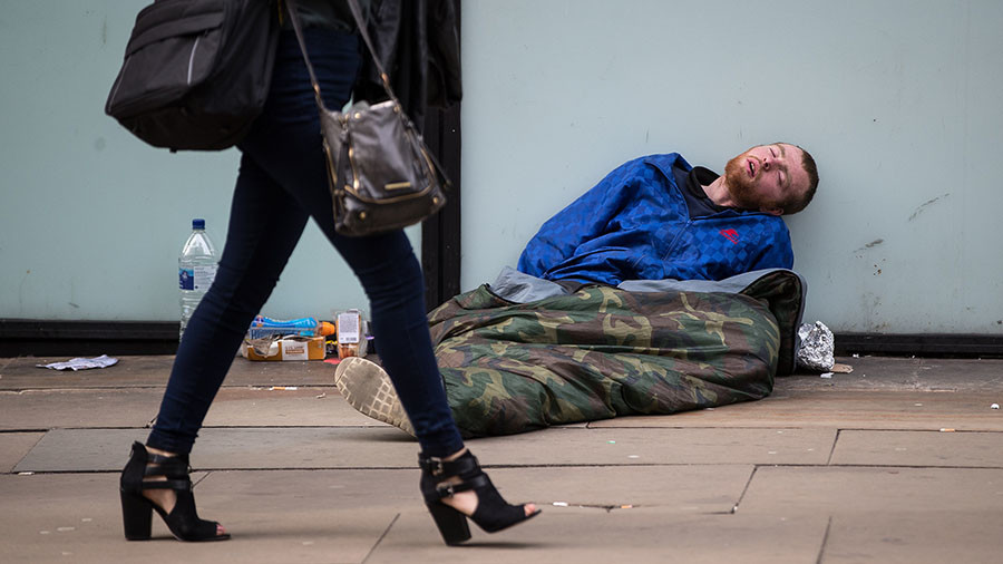 Eastern Europeans driving homelessness, Tory MP claims (VIDEO)