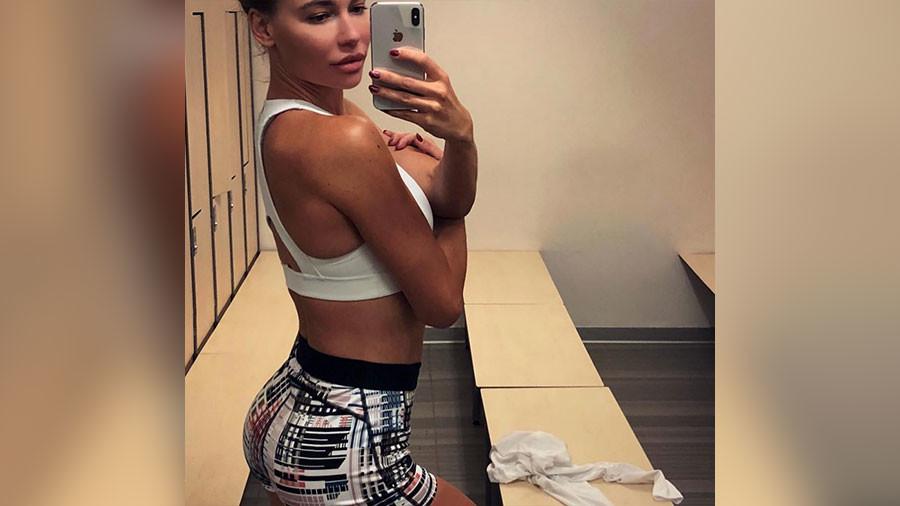 Wife of Russian ice hockey star Ilya Kovalchuk embarks on bodybuilding career (PHOTOS)