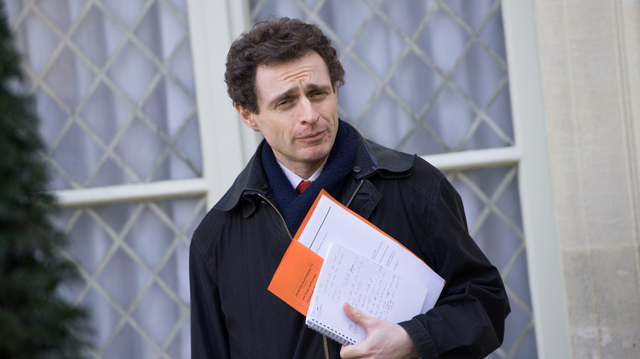 Au revoir, 'linguistic regime'! French envoy storms out of EU meeting held in English