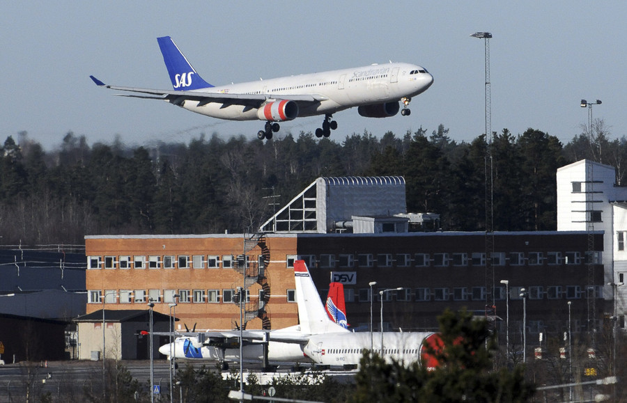 Sweden introduces aviation tax in effort to help climate