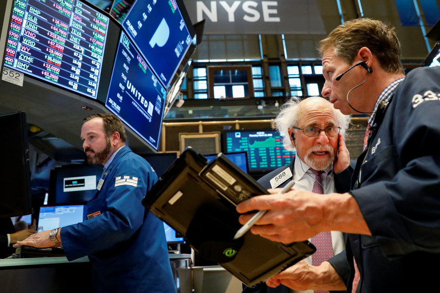 DOW drops almost 460 points on news of China tariffs & Trump slamming Amazon