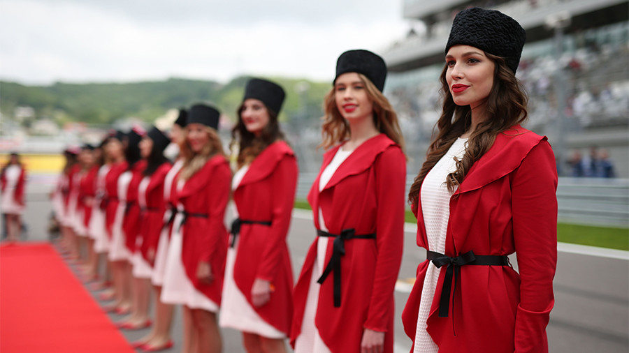 Russian Federation  aims to bring back grid girls to F1
