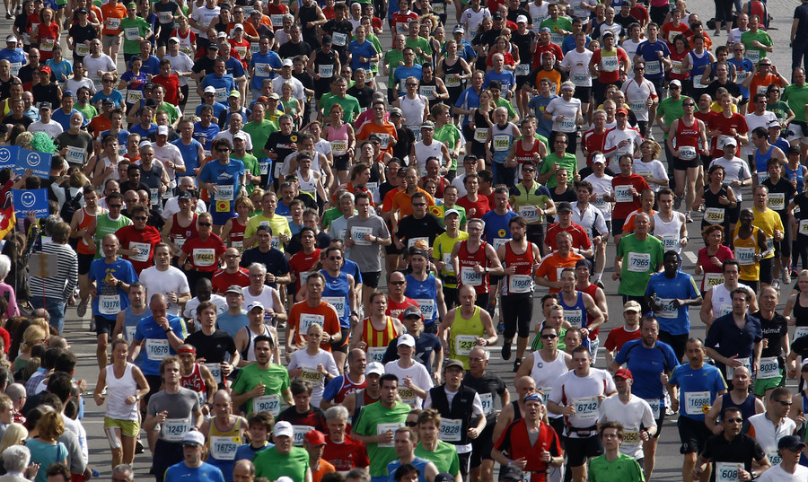 Knife attack at Berlin half-marathon foiled by police, 4 detained – reports (VIDEO)