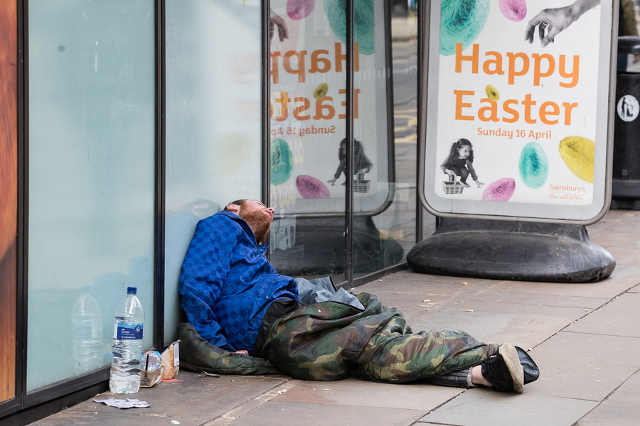Rough-sleeper deaths double in five years, govt accused of 'pitiful response'