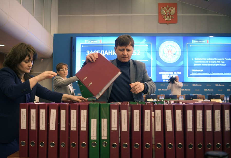 Foreign mass media flouted Russian law & pedaled propaganda in election coverage – senators