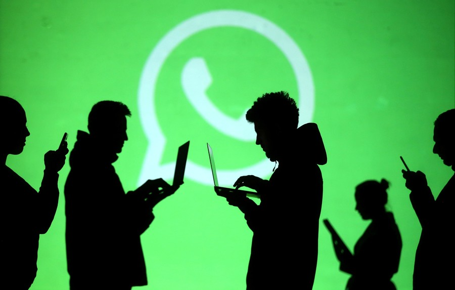 France pulls top officials from Whatsapp & Telegram for new secret app – report