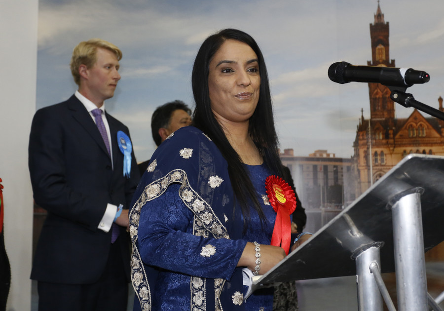 Ethnic minority MPs suffer 15% more Twitter abuse than white colleagues, research reveals