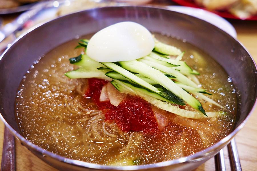 Kim Jong-un cold noodle comments spark South Korean feeding frenzy