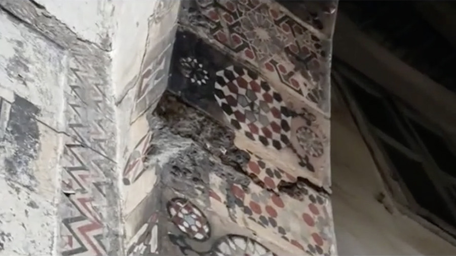 Life under shelling: Insight into traditional Damascus home damaged in attacks (VIDEO)