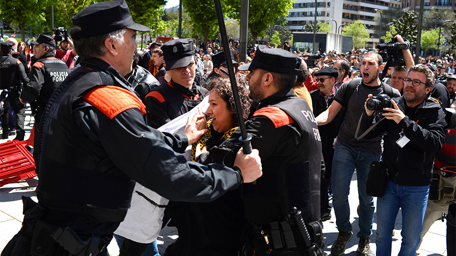 Tens of thousands hit streets of Pamplona to protest rape acquittals (PHOTOS)