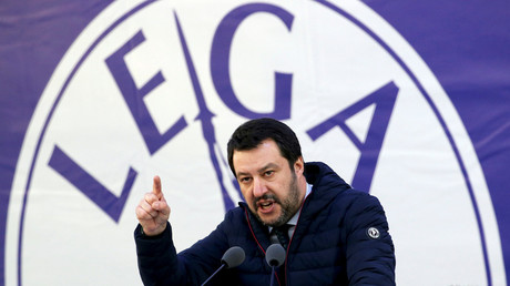 Italian Northern League leader Matteo Salvini speaks during a political rally in Milan, Italy, on February 24, 2018. © Tony Gentile / Reuters