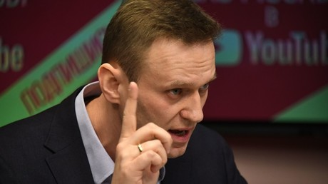 Alexei Navalny during an interview to the Echo of Moscow radio © Maksim Blinov