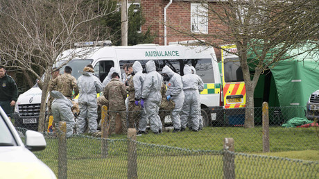 Forensic officers in Gillingham, Dorset, where they removed a vehicle following the Russian Spy Sergei Skripal attack. © I-Images