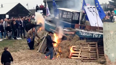 Farage and the fishermen: Boat-burning protest accuses Theresa May of 'treason' over Brexit (VIDEO)