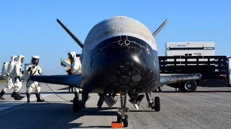 Space plane mystery: What is US Air Force X-37B doing in orbit? (POLL)
