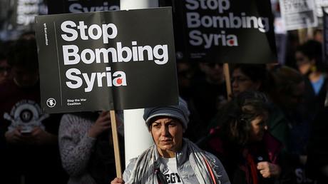 Chris Williamson MP, Andrew Feinstein & Bruce Kent slam Syria strikes & Catalan VP (E598)