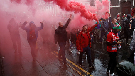 Liverpool fans with flares outside the stadium before the match. © Action Images / Carl Recine