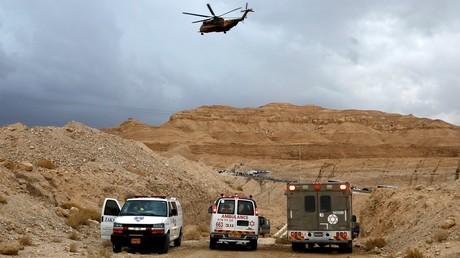 Extreme floods kill 12 & destroy Israel-West Bank barrier (PHOTOS, VIDEO)