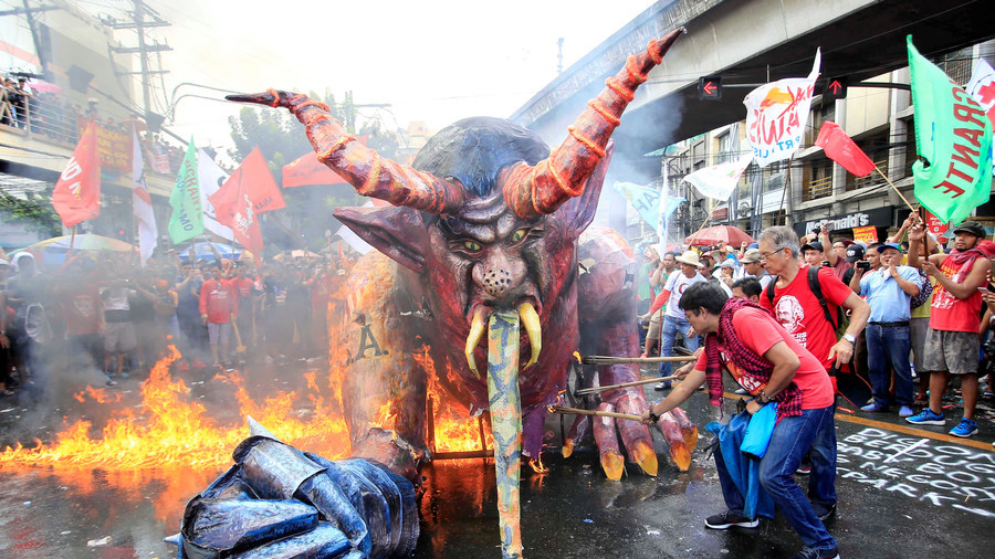 Demonic Duterte effigy burned in Manila Labor Day protests (PHOTOS, VIDEOS)