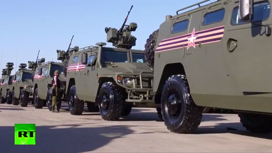 War machines up close: RT takes a sneak peek at V-Day parade rehearsal (VIDEO)