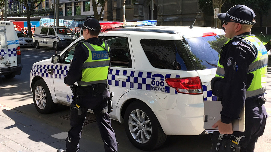 Popular street in Perth placed on lockdown after suspicious package found at mall