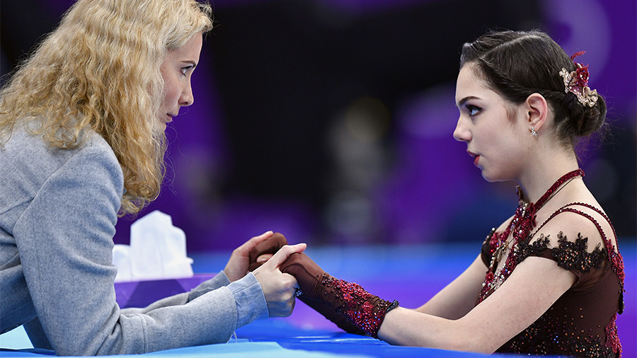 Olympic silver medalist skater Medvedeva splits with coach, confirms move to Canada