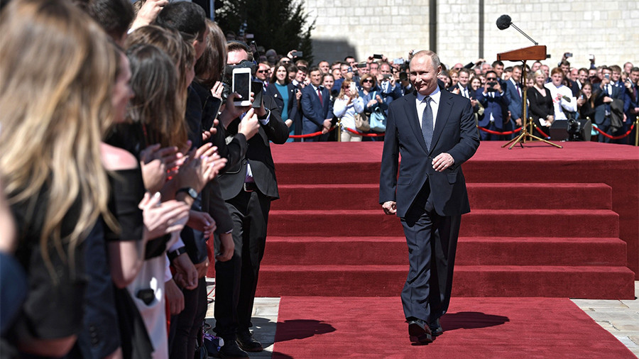Putin plan: Russia to halve poverty, join world's five biggest economies, increase life expectancy