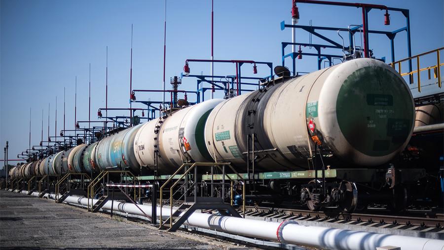 Russian oil & gas revenues surge through March