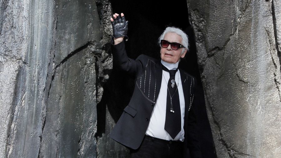 Lagerfeld mulls renouncing German citizenship, blames Merkel for rise of 'neo-Nazis'